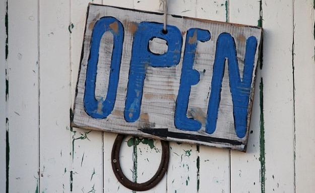 open-966315_640